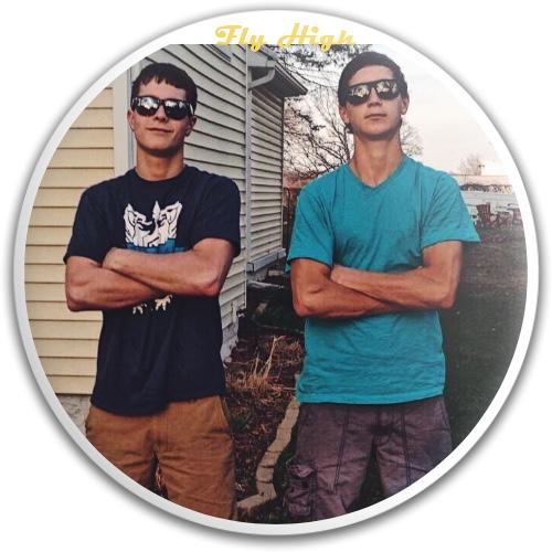 Evan & Colin Dynamic Discs EMAC Truth Midrange Disc