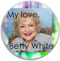 Betty White Dynamic Discs Fuzion Verdict Midrange Disc